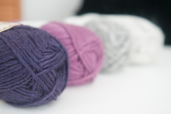Alafoss Lopi yarn for Nordic Wind shawl